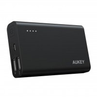 پاور بانک آکی ظرفیت 10050میلی آمپر مدل AT10 - Aukey 10050 Power Bank PB-AT10